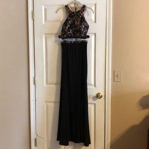 Xscape size 2 two piece formal dress